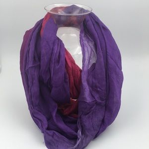 Chic 🧣Infinity Purple & Red Scarf